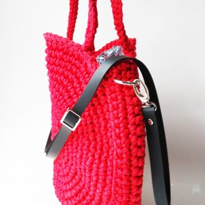 fullcircle handbag red black leather strap